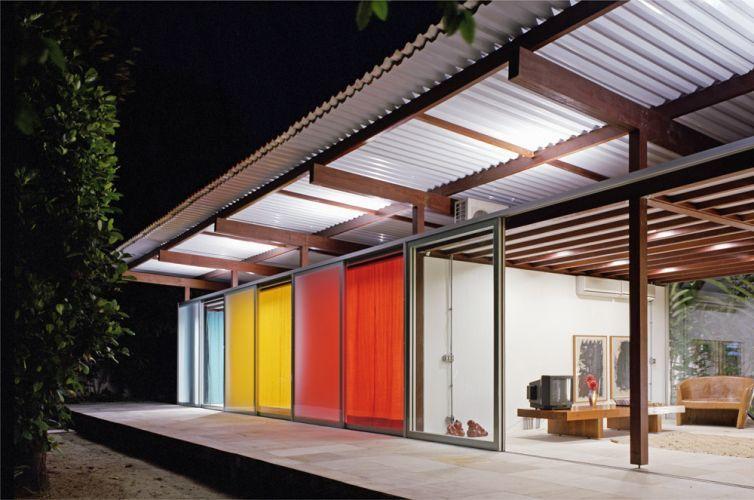Tipo de telhado com telha metálica
