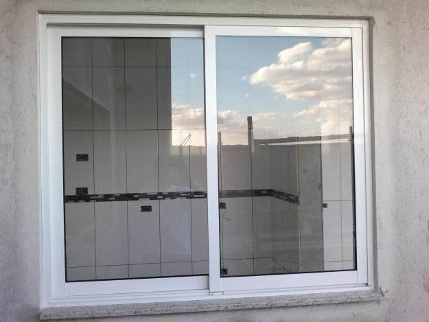 Janela de vidro comum