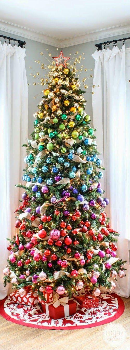 Árvore de Natal com decoração degradê